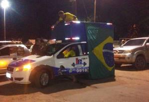 Grupo fez ato pro-Bolsonaro um dia depois de protesto contra ministro Foto: Reprodução