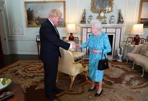 Boris Johnson foi empossado pela rainha Elizabeth II e se tornou o novo primeiro-ministro do Reino Unido Foto: VICTORIA JONES / AFP