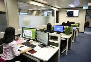 Robôs instalados em computadores de escritórios analisam trabalho dos funcionários Foto: Pixabay