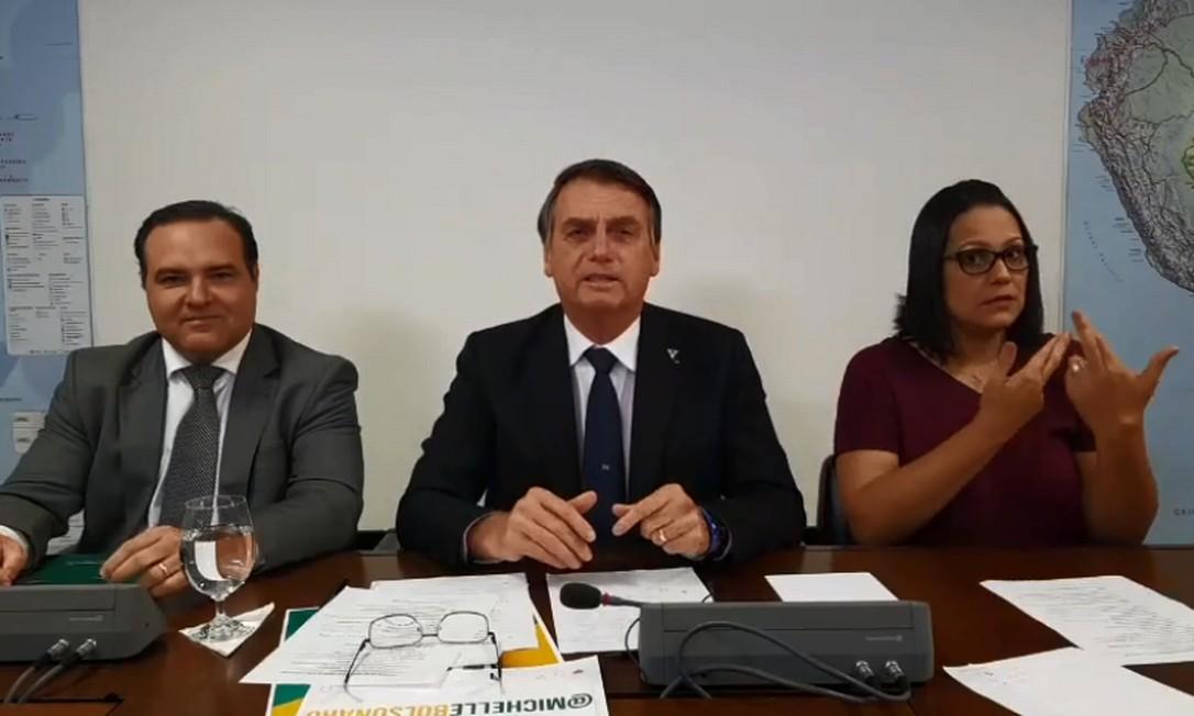 Bolsonaro em live nas redes sociais Foto: Reprodução