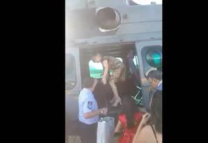 Parentes de Bolsonaro usaram helicóptero da FAB para ir a casamento de Eduardo Foto: Reprodução