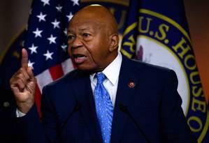 Elijah Cummings, representante democrata e forte crítico do governo, durante discurso ao Comitê de Inteligência da Câmara, em Washington Foto: ANDREW CABALLERO-REYNOLDS / AFP