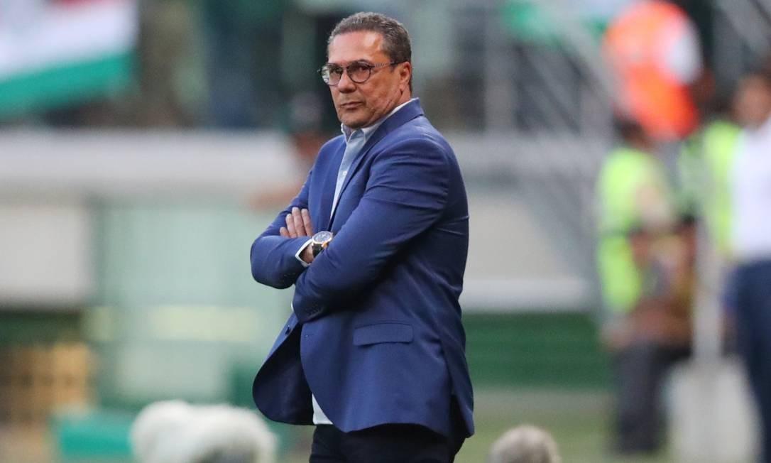 Vanderlei Luxemburgo comanda o Vasco na Arena Palmeiras Foto: AMANDA PEROBELLI / REUTERS