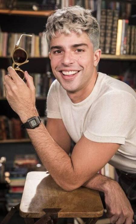 Willian (Diego Montez) é um diretor de marketing extrovertido e antenado às tendências. Divide apartamento com Gisele, mas não gosta dela. Foto: VICTOR POLLAK/Rede Globo/Divulgação
