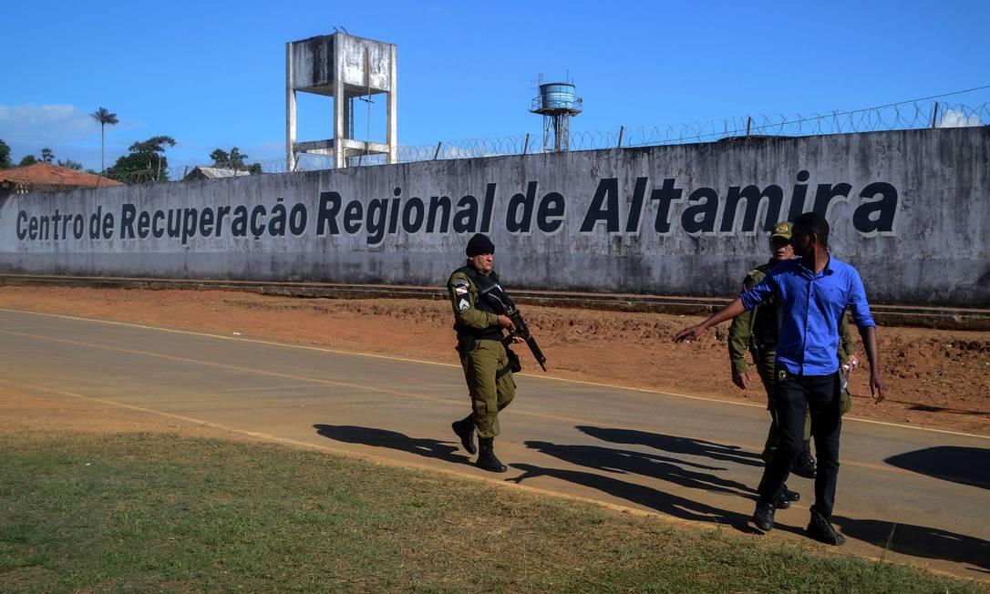 """Um relatório do Conselho Nacional de Justiça (CNJ) classificou como """"péssimas"""" as condições do Centro de Recuperação de Altamira. A unidade possui 343 presos, mais que o dobro da capacidade projetada, que é para 163 vagas. Foto: BRUNO SANTOS / AFP"""