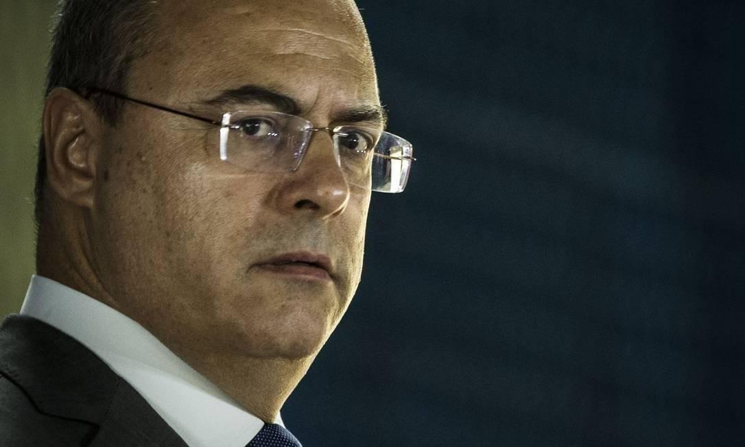 Witzel durante entrevista coletiva no Quartel Central da Polícia Militar Foto: Guito Moreto / Agência O Globo