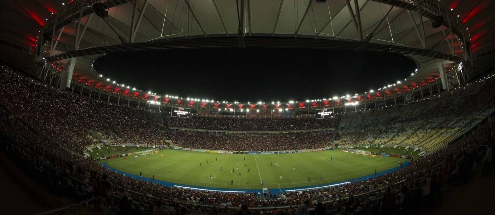 Com a regulamentação dos sites de apostas no país, expectativa do governo federal é que setor se torne um importante patrocinador dos clubes brasileiros Foto: Guito Moreto / Agência O Globo