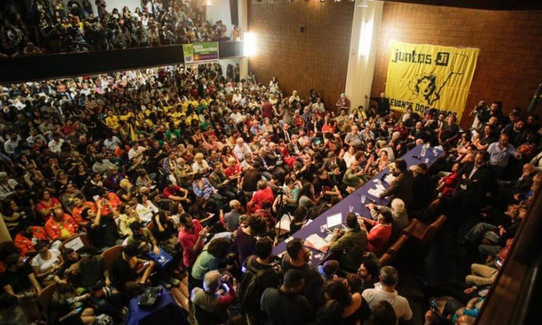 Associação Brasileira de Imprensa (ABI) promove ato em apoio a Glenn Greenwald Foto: Reprodução