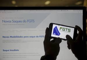 FTGS: poupança automática. Foto: Domingos Peixoto / Agência O Globo