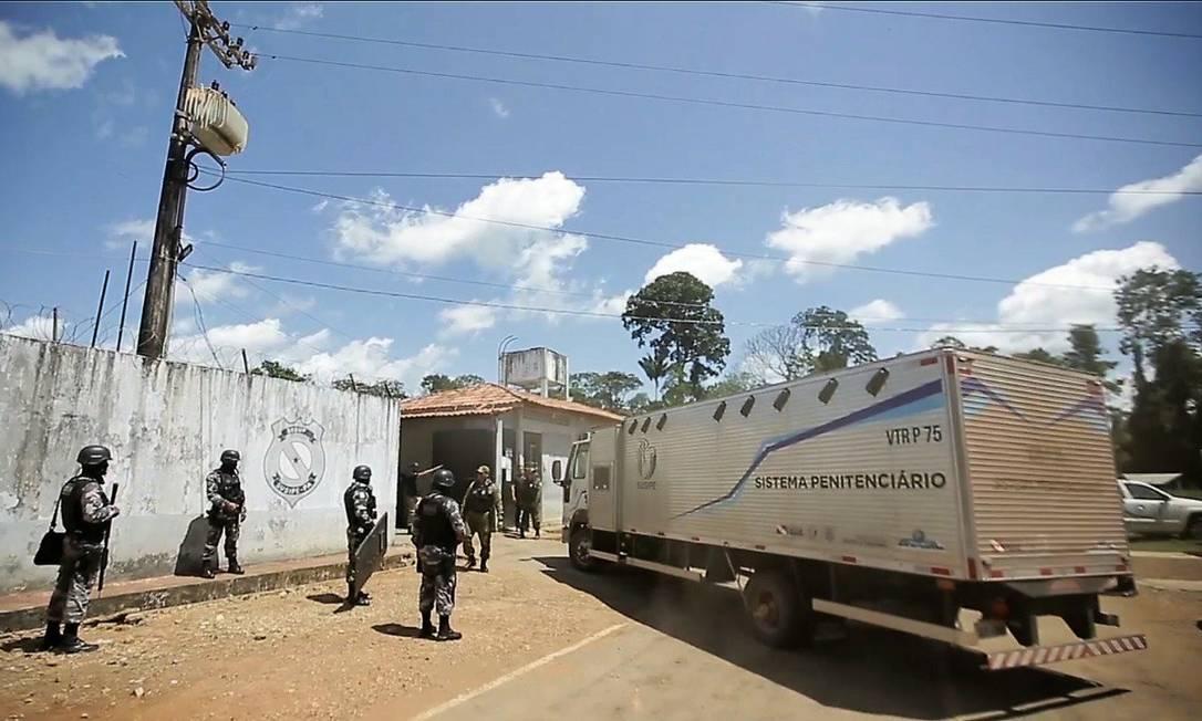 Caminhão-cela usado para transferência de presos no Centro de Recuperação de Altamira Foto: Divulgação