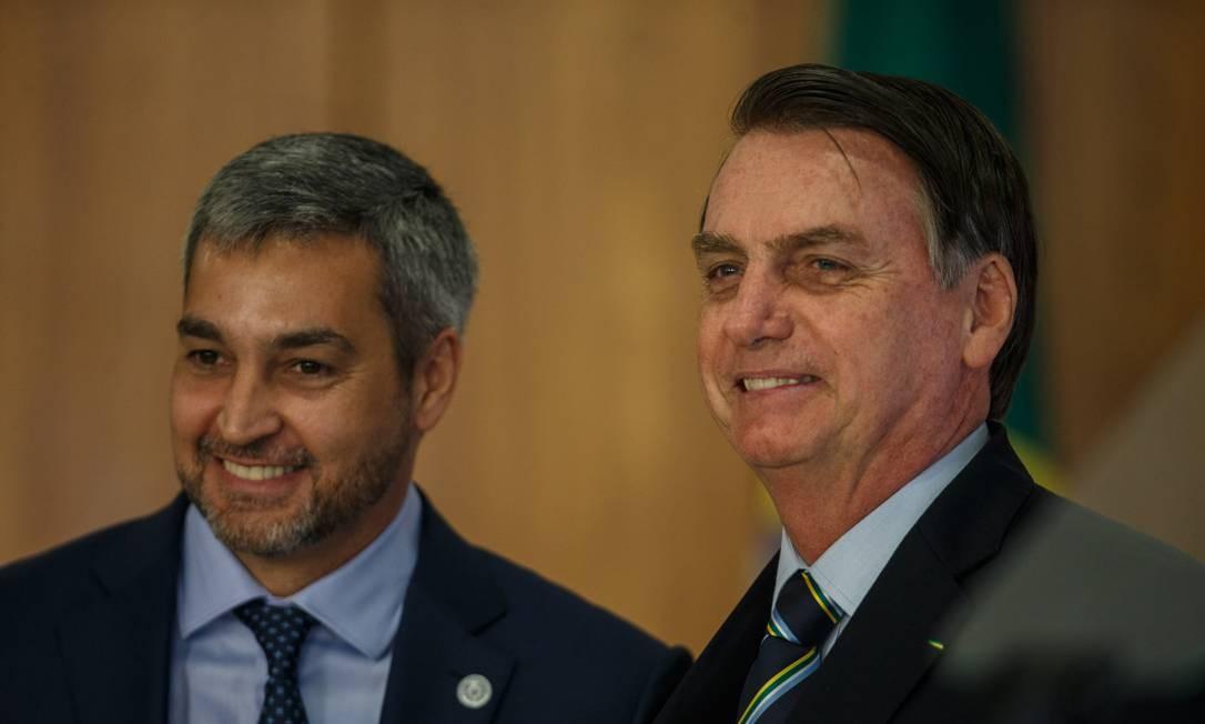 Jair Bolsonaro com o presidente do Paraguai, Mario Abdo Benitez, em Brasília, em março Foto: Daniel Marenco/12-3-2019