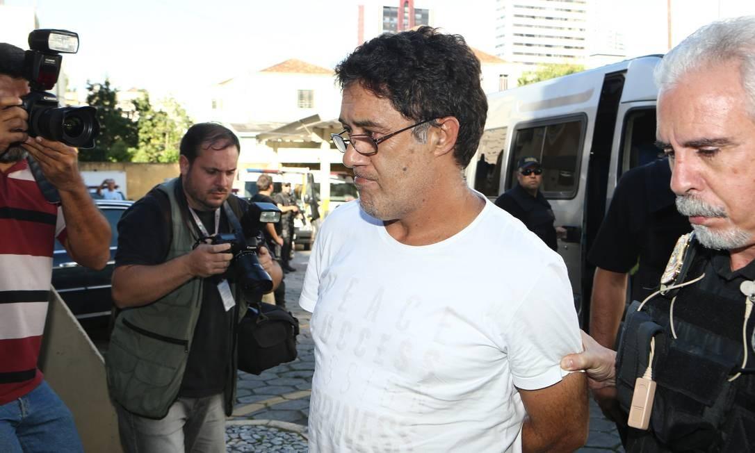 O ex-secretário geral do PT Silvio Pereira foi preso na 27ª fase da operação em São Paulo, no dia 1º de abril de 2016 Foto: Geraldo Bubniak / Agência O Globo