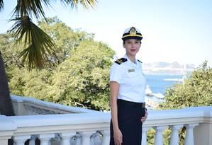 Médica, a tenente Cristiane Vieira está grávida de quatro meses de uma menina Foto: Dviulgação/Marinha do Brasil