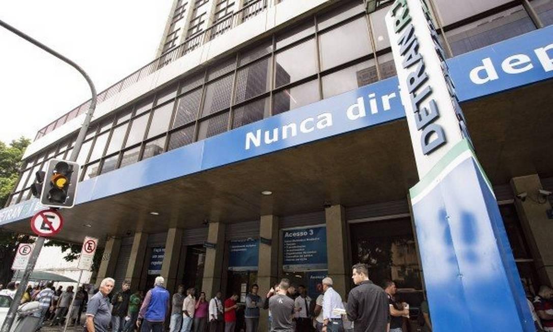 Detran suspende quase todos os serviços durante a pandemia do coronavírus Foto: Ana Branco em 06.11.2017 / Agência O Globo