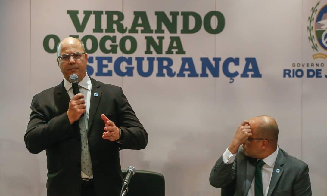 Wilson Witzel volta a defender o fim do atendimento ao público por parte da Polícia Civil do Rio Foto: Marcelo Regua / Agência O Globo