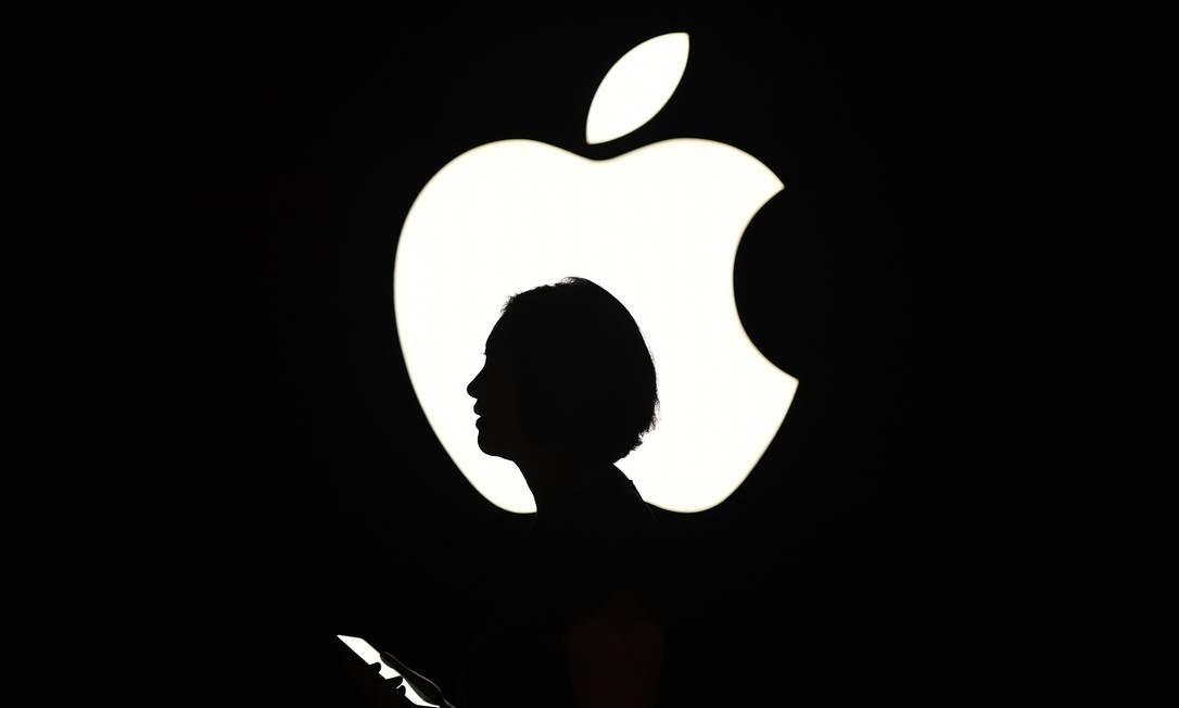 Usuários não eram alertados pela Apple de que suas conversas poderiam ser gravadas e ouvidas por terceiros Foto: JOSH EDELSON / AFP