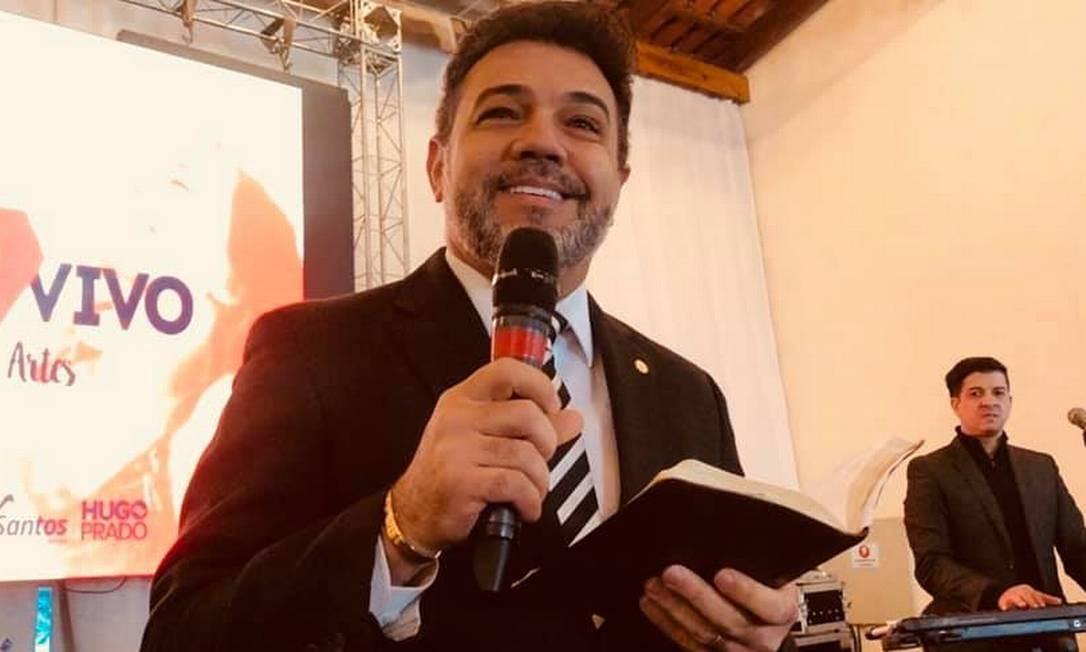 Deputado Pastor Marco Feliciano em foto tirada no início de julho, depois do tratamento odontológico reembolsado pela Câmara Foto: Reprodução / Redes sociais