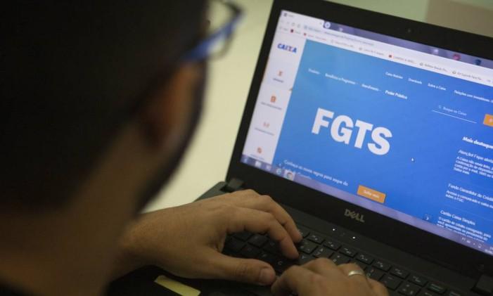 Nova modalidade de saque no FGTS Foto: GABRIEL MONTEIRO / Agência O Globo