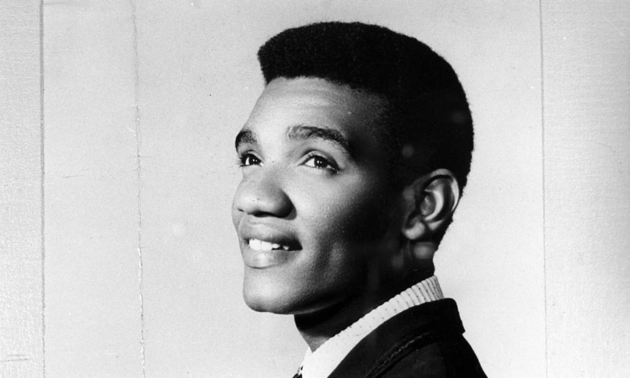 O cantor Wilson Simonal retratado em 9 de dezembro de 1961. Cinebiografia dele será lançada nesta quinta-feira Foto: Arquivo / Agência O Globo