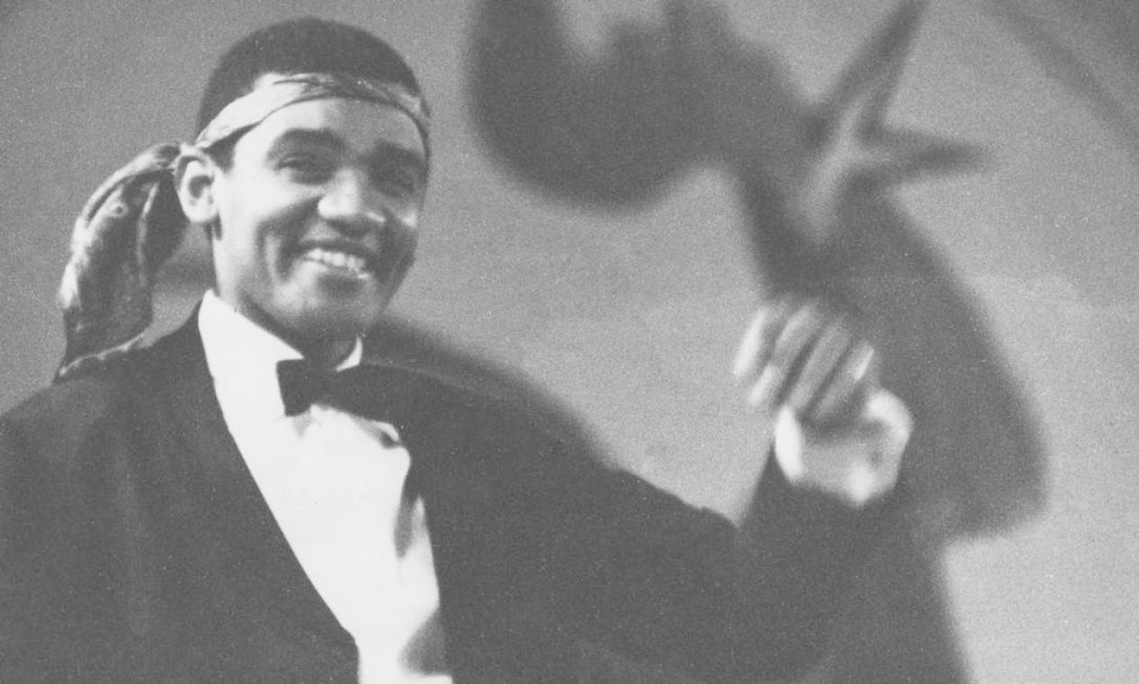 O canto Wilson Simonal no Festival da Canção, em 29 de setembro de 1969 Foto: Arquivo / Agência O Globo
