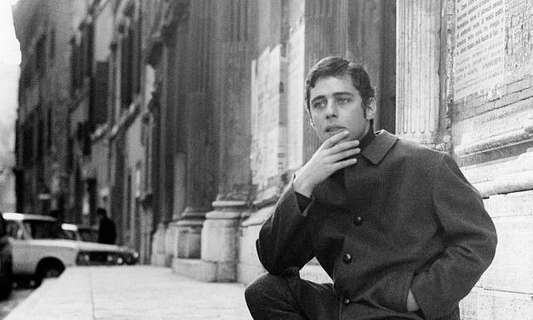 Chico Buarque em Roma, 1969 Foto: Mondadori Portfolio / Mondadori via Getty Images