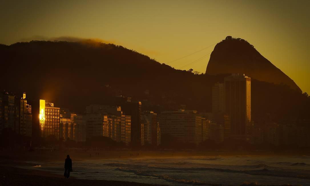 Na Barra, a expectativa é de temperaturas entre 15 e 31 graus Foto: Pablo Jacob / Agência O Globo