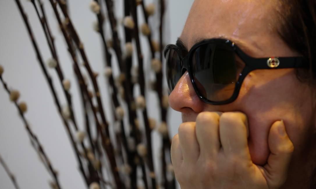 Trauma: Moradora de Ipanema, que teve casa invadida por duas ladras, diz que, pior do que perder joias, foi passar a ter a sensação permanente de medo Foto: Marcelo Regua / Agência O Globo