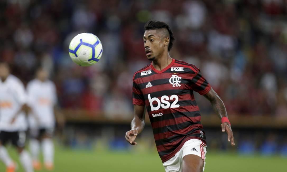O atacante Bruno Henrique, de 28 anos, vinha de um período de oscilação no Santos. Mas brilhou logo na chegada ao Flamengo Foto: Marcelo Theobald / Agência O Globo