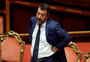 O vice-primeiro-ministro italiano Matteo Salvini, líder do partido de extrema direita Liga, gesticula em votação no Senado em Roma esta semana: em alta nas pesquisas, ele quer novas eleições Foto: Remo Casilli / Remo Casilli/REUTERS/05-08-2019