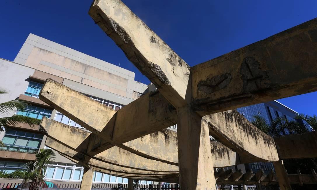 Estruturas do parque apresentam sinais de desgaste devido ao longo tempo sem manutenção Foto: Fabiano Rocha / Agência O Globo