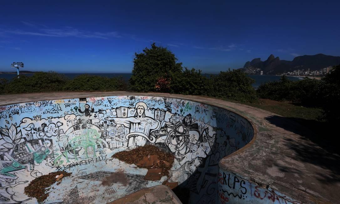 Pista de skate do parque está abandonada Foto: Fabiano Rocha / Agência O Globo