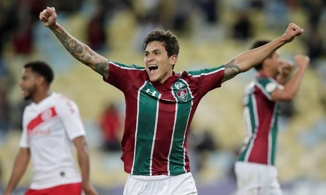 Pedro comemora o primeiro gol do Fluminense sobre o Inter Foto: UESLEI MARCELINO / REUTERS