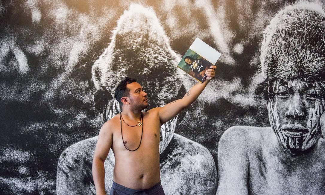 O artista visual Denilson Baniwa Foto: Divulgação