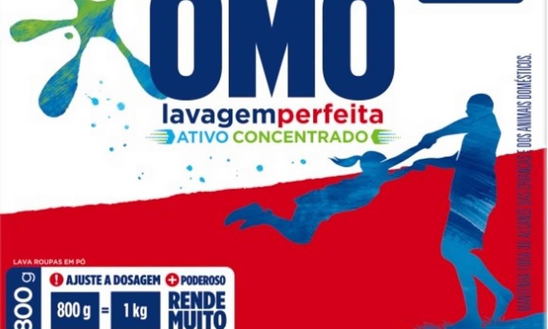 Na nova embalagem de OMO, fabricante informa que 800g do produto rende igual a 1kg, Procon-SP notifica empresa a dar coomprovação Foto: Reprodução