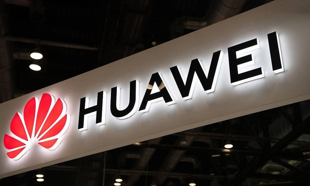 Huawei: sem transações com companhias dos EUA. Foto: FRED DUFOUR / AFP