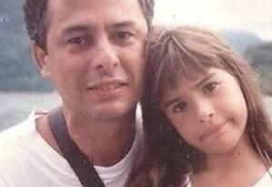 Tatá Werneck posta foto com o pai ainda pequena Foto: Reprodução