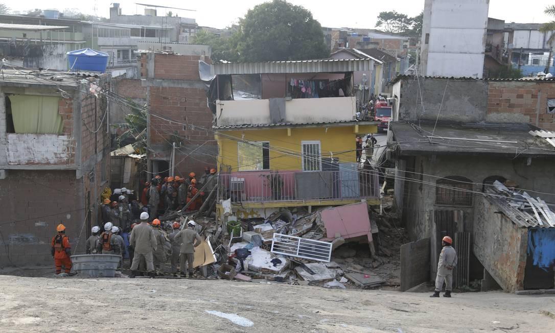 O primeiro andar ficou totalmente destruído Foto: Gabriel Paiva / Agência O Globo