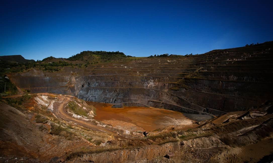 Barragem no nível mais alto de risco em Macacos (MG) Foto: Pablo Jacob / Agência O Globo