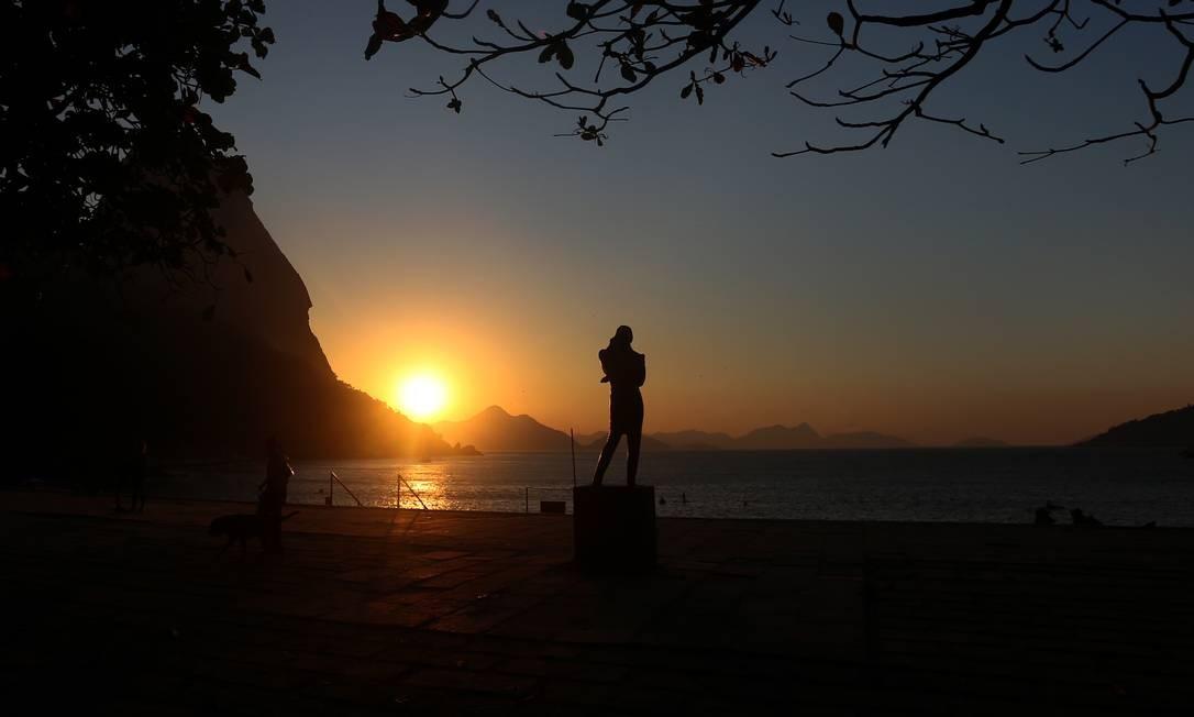 A beleza da Praia Vermelha atrai turistas e cariocas Foto: Fabiano Rocha / Agência O Globo