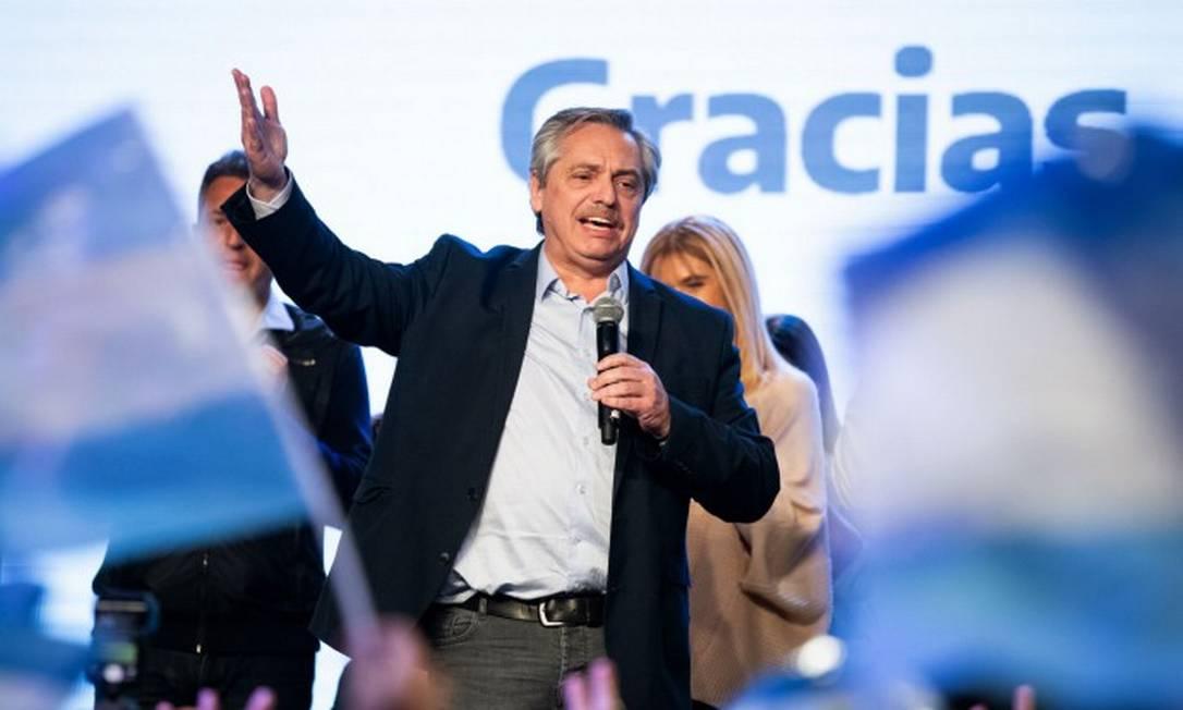 Alberto Fernández comemora resultado de eleições presidenciais primárias na Argentina Foto: HO / AFP