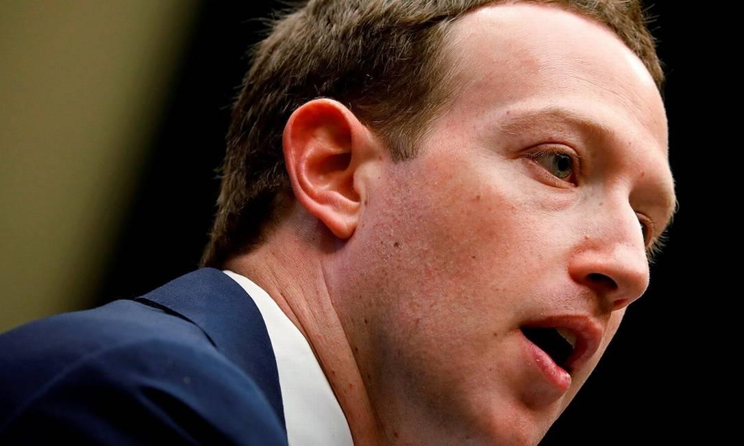 Zuckerberg no Congresso americano: transcrições de conversas de usuários pelo Facebook. Foto: Aaron Bernstein / REUTERS