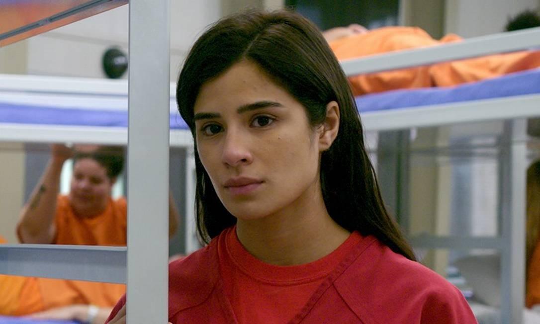 Maritza tenta ajudar imigrantes detidas na última temporada Foto: Reprodução Netflix/Facebook