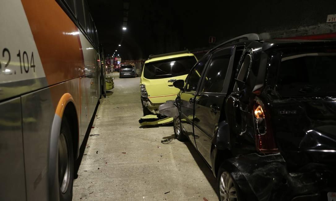 Entre as vítimas, ninguém corre risco de morte Foto: Alexandre Cassiano / Agência O Globo
