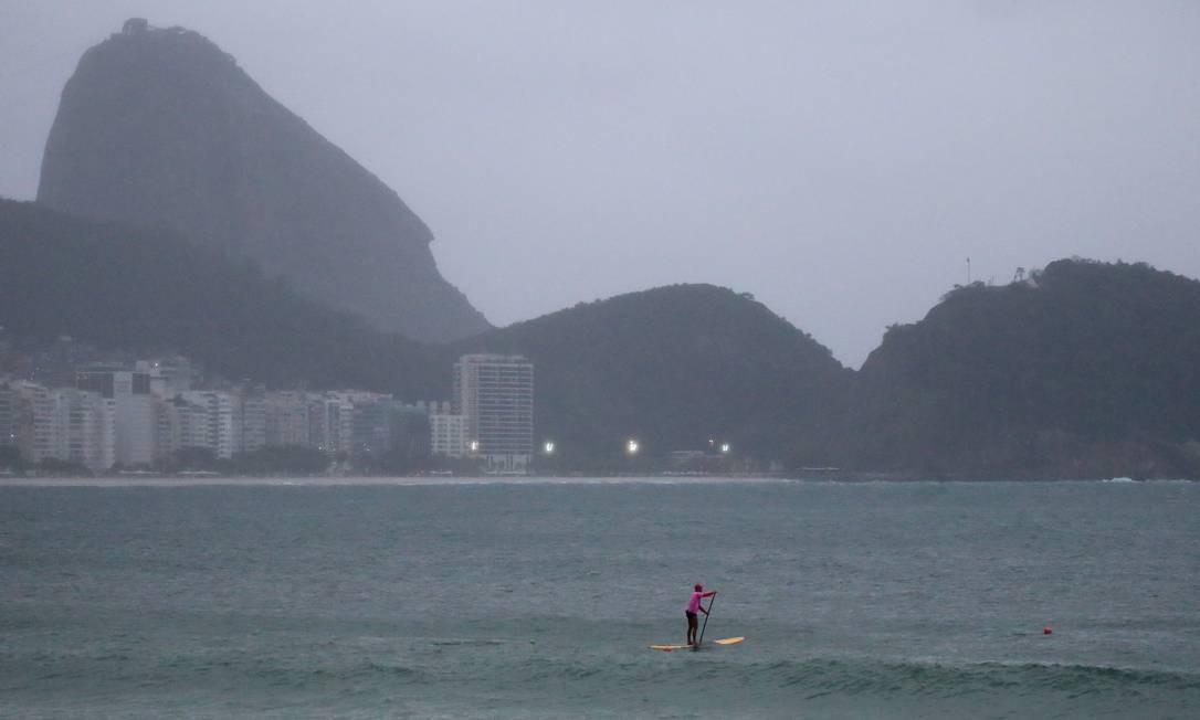 As temperaturas estão em declínio na cidade Foto: Fabiano Rocha / Agência O Globo