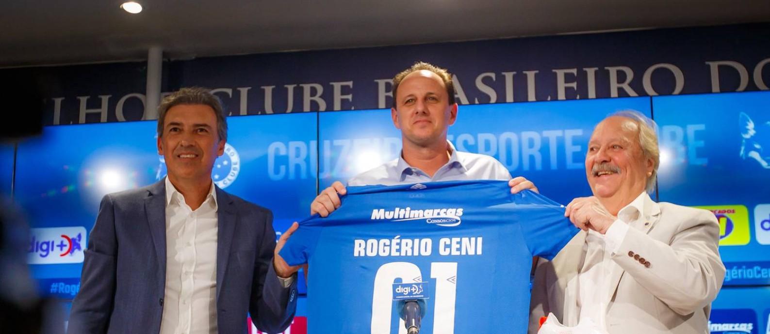 Rogério Ceni é apresentado no Cruzeiro Foto: Vinnicius Silva