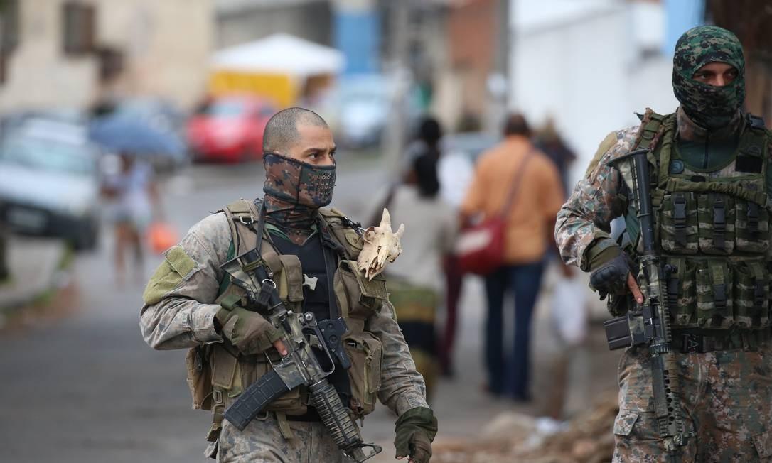 O Instituto Jorge Vaitsman (IVJ), em São Cristóvão, precisou ser fechado durante o confronto Foto: Fabiano Rocha / Agência O Globo