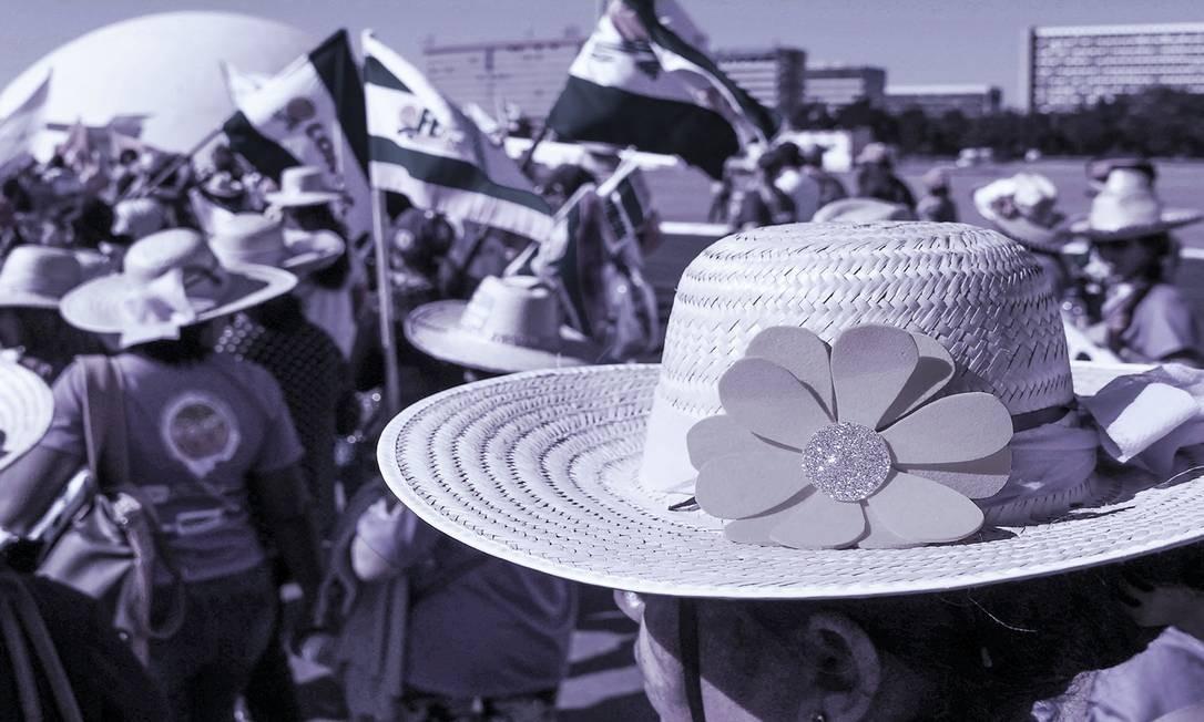 Marcha das Margaridas chegou a ser o segundo assunto mais comentado do Twitter nesta quarta-feira, 14 de agosto Foto: Arte sobre foto de Evaristo Sá/AFP