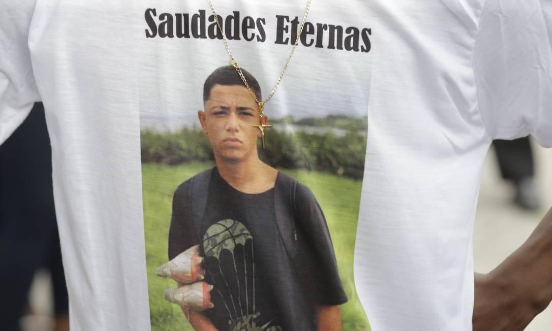 Dyogo Costa Xavier de Brito foi morto com um tiro nas costas no dia 14 de agosto, durante uma operação policial na comunidade da Grota Foto: Marcelo Theobald / Agência O Globo