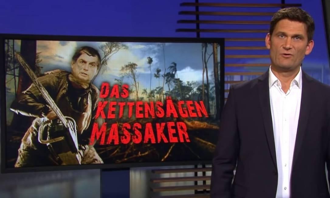 No programa, a postura ambiental do governo Bolsonaro é comparada ao 'massacre da serra elétrica' Foto: Reprodução/Youtube