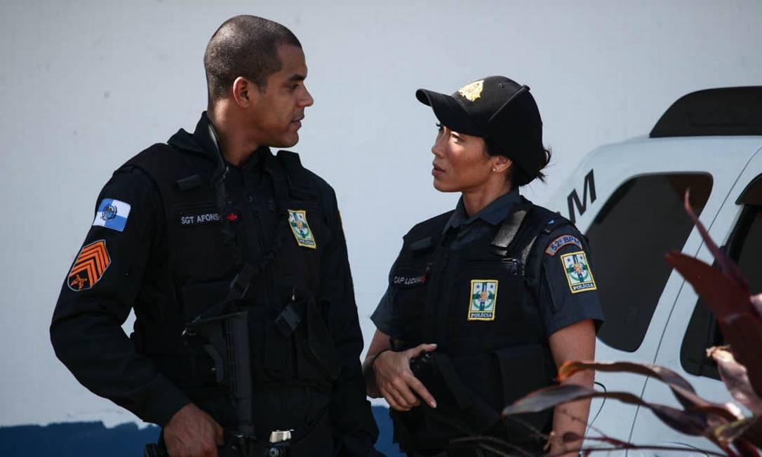 Marcelo Mello Jr. e Daniele Suzuki durante as gravações de 'Arcanjo renegado' Foto: Carlos Fofinho / Divulgação